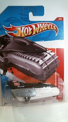 2011 Hot Wheels 195/244 Thrill Racers Ice Tread Air