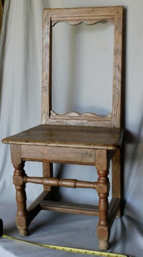 Rare early 18th william & mary oak side chair seat turned legs circa 1730 Quebec