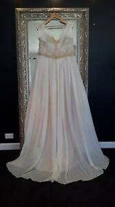 Wedding Dress Fit and Flare Style Size 16 - 18