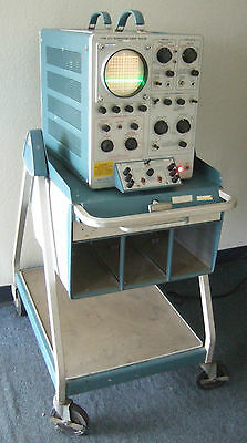 TEKTRONIX Type 575 Transistor Curve Tracer With Unit On wheels