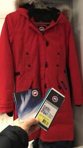 Save over 400$ on an Authentic Canada goose
