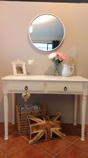 Lovely hall table/console Currambine Joondalup Area Preview