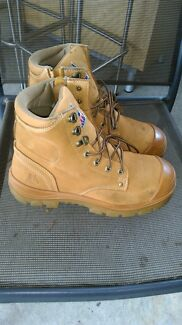 SUPER CHEAP Blue Steel Argyle work boots size US 9 Scoresby Knox Area Preview