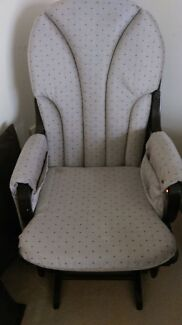 Nursery Rocking/glider chair  Roxburgh Park Hume Area Preview