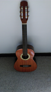Valencia C80 Classical Acoustic Guitar Hoppers Crossing Wyndham Area Preview