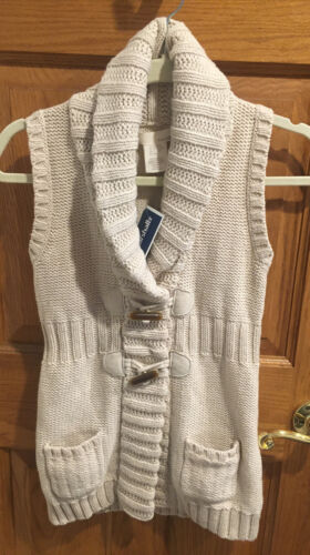 Kaisley Girls Knit Vest Beige Size 10-12 Knit Has A Little Shimmer New - $15.00