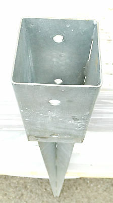 Sonderposten Einschlagbodenhülsen 71x71/15 x 900 mm feuerverzinkt Bodenhülse