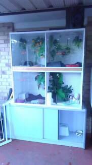 4 bay reptile enclosure