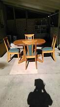 Extendable 4 Seat Dining Table Sandy Beach Coffs Harbour Area Preview