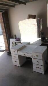 vintage cupboard / dresser Irymple Mildura City Preview