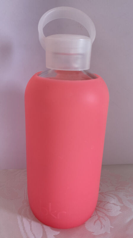 BKR 500 ml pink silicone Smooth sleeve glass water bottle