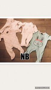 Lot de pyjama et cache couche NB 0-3 mois