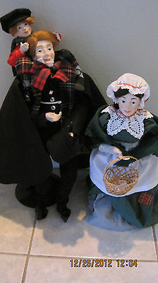 DEPT 56 - LOT 2: CHRISTMAS CAROL DOLLS