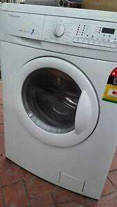 Electrolux 7kg White Washer Dryer Combo, excellent condition