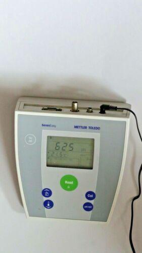 Mettler-Toledo AG, SevenEasy pH meter, model: S20, no probe.