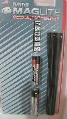 Maglite M2A016 Black Mini-Mag 14 Lumen Super bright Xenon Light w/ AA Batteries