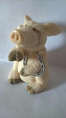 PIGGIN GOOD LUCK DAVID CORBRIDGE COLLECTIBLE WORLD PIG FARM ORNAMENT HORSESHOE