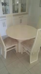 Table, chairs and pillows Ermington Parramatta Area Preview