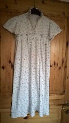 Mädchennachthemd vintage (Vintage Mädchen Nachthemd)