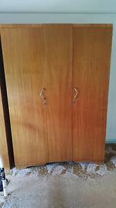 Wardrobe free pick up Monday Moorabbin Moorabbin Kingston Area Preview
