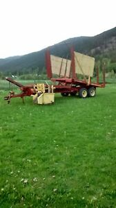 1032 new Holland bale wagon