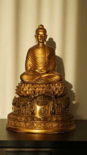 Fine Art: Sitting Buddha Carved in Basalt Stone from Myanmar