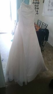 Beautiful dress wedding / formal  Redcliffe Redcliffe Area Preview