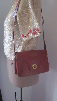 1940s Handbags and Purses History 1940,s cherry red leather shoulder bag with gold clasp. $29.70 AT vintagedancer.com