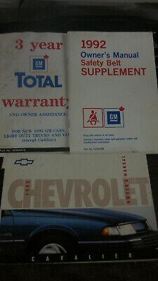 1992 FACTORY ORIGINAL SURVIVOR CHEVROLET CAVALIER OWNERS MANUAL COMPLETE Chevrolet Cavalier Owners Manual
