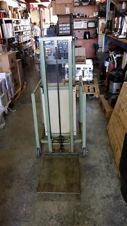 LiftAide equipment lift
