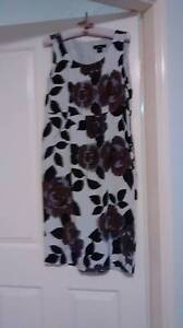 Smart sleeveless dress with matching jacket. Merewether Newcastle Area Preview