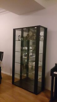 Glass display unit with mirror at the back Botany Botany Bay Area Preview