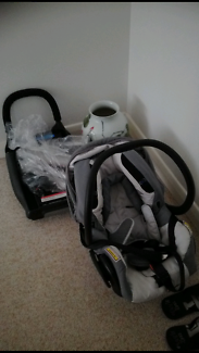 Maxi cosi baby capsule fit up to 10 months