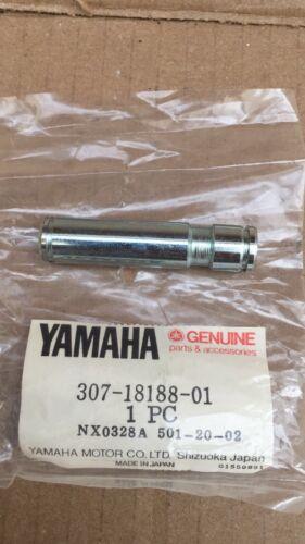 Yamaha AS3 AS3 CS5 LS2 RD125 RD200 1971 1972 1973 Axle Pawl Holder Shaft N.O.S