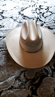 WHITE HARD STRAW HAT MADE IN MEXICO