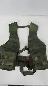 U-S-Army-USMC-Woodland-Camo-Green-LBV-Molle-II-Tactical-Vest-Carrier-VGC