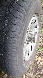 Suzuki vitara wheels tyres 205 75 15 rims Coolongolook Great Lakes Area Preview