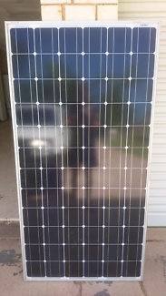 Complete 2.5 kW Solar System - Panels and Inverter
