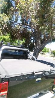 Toyota hilux tonneau cover