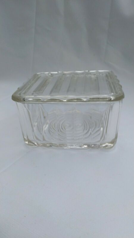 Vintage Clear Glass Ribbed Square Refrigerator Dish Scalloped Lid RARE?