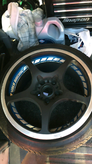 18 inch volk racing wheels set with basically new tyres