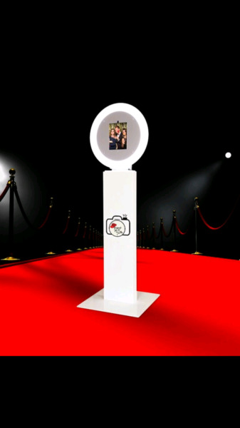 Photo Booth & GIF Booth Hire!