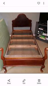 Single bed .strong. antique Carlton Melbourne City Preview