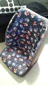 Booster car seat to suit 4yrs to 8yrs old Redcliffe Belmont Area Preview