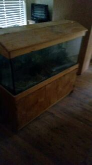 Large Fish tank with filter Peakhurst Hurstville Area Preview