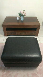 Large solid coffee table with 6 drawers & leather ottoman.