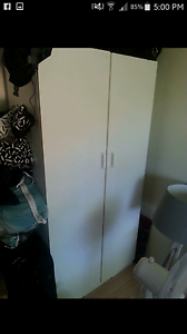 Bedroom furniture wardrobe desk shelves Currumbin Gold Coast South Preview