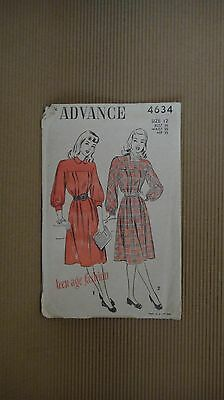VINTAGE 1940' ADVANCE PATTERN #4634 SEWING MODEL TEEN AGE FASHION NEW YORK