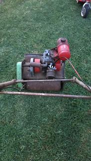 Scott Bonner reel mower with villiers engine