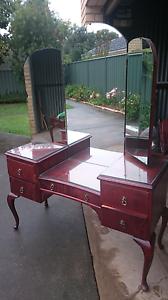 Queen Ann Wing Mirror Dresser Echuca Campaspe Area Preview